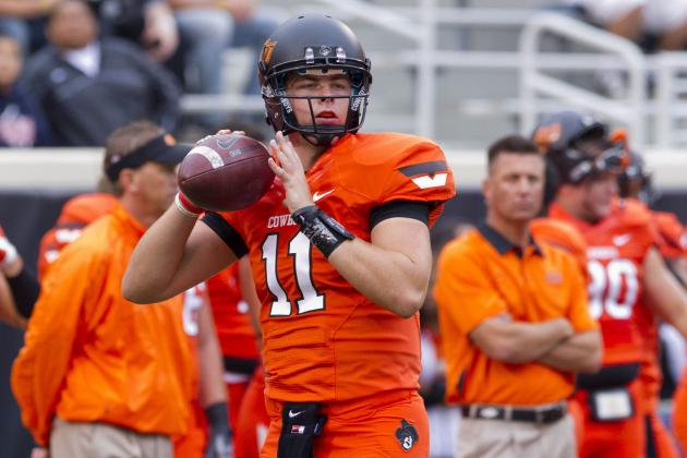 Oklahoma State Football: Quarterback Wes Lunt Goes Down with Knee Injury
