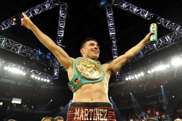 Martinez Beats Chavez Jr.: Maravilla Left Battered After Dominating Win