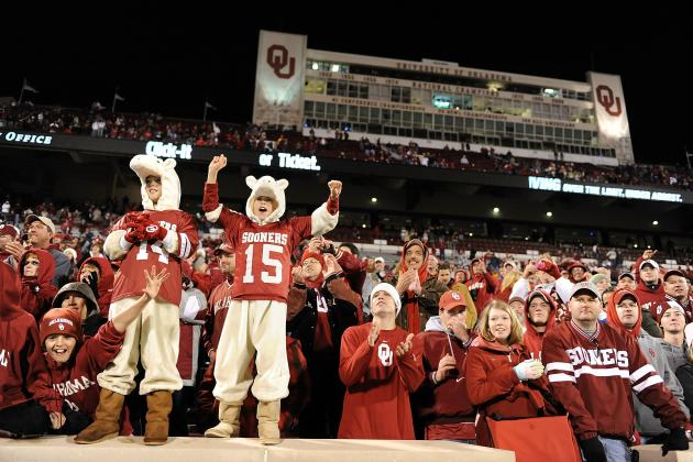 Oklahoma Football: Should Bob Stoops Be Disappointed in the Sooner Crowd?