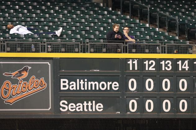 Seattle Mariners Should Give Season Tickets to People Who Stayed All 18 Innings