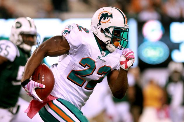 Jets vs. Dolphins: Can Reggie Bush Carry Miami to Victory?