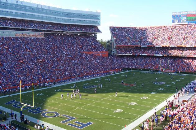 Kentucky Football Midweek Report: Young Wildcats Prepare to Enter the Swamp