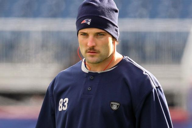 Should Wes Welker Request Trade If New England Patriots Keep Benching Him?