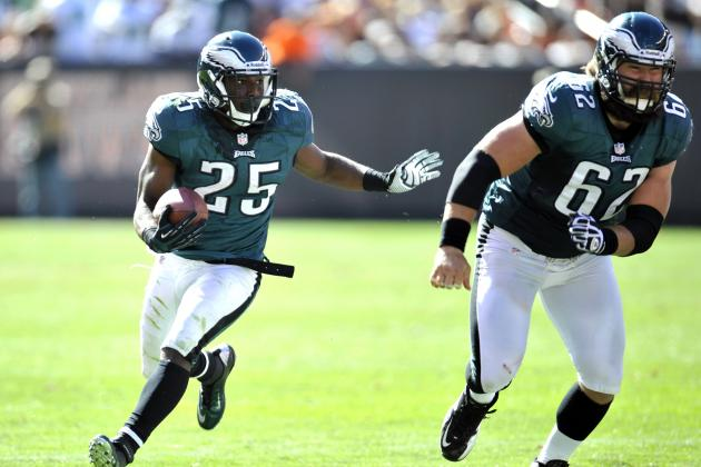 Comparing CJ Spiller to LeSean McCoy and How the Bills Can Learn from the Eagles