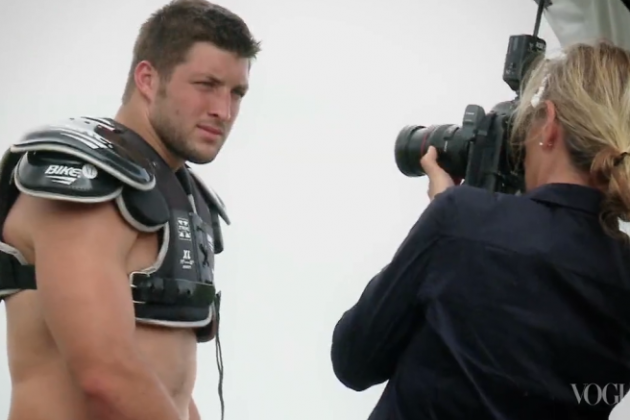 NY Jets' Tim Tebow Takes Shirt off for Vogue Photoshoot