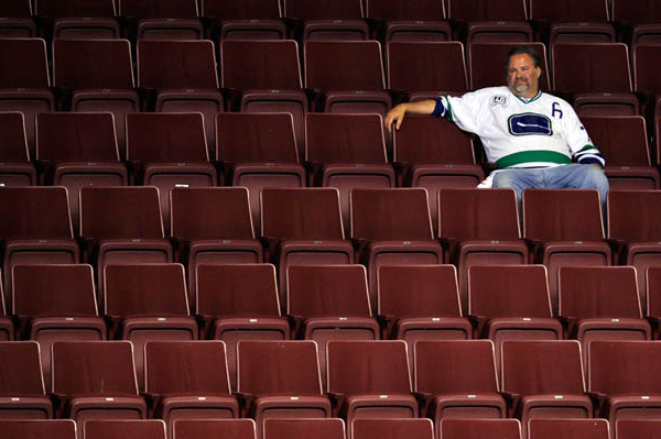 NHL Lockout: Canucks Staffers Take a Pay Hit, Down to Four-Day Week