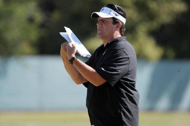 Oakland Raiders: Greg Knapp Makes Excuses for Lack of Offensive Production