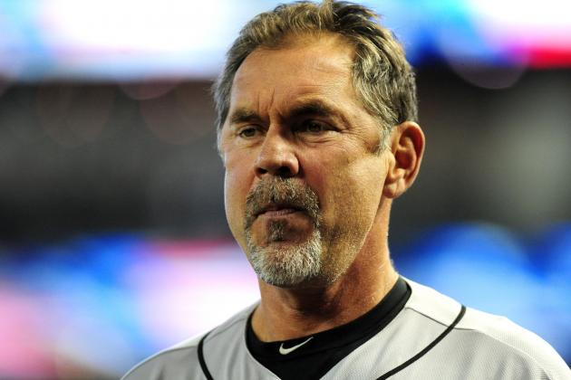 Bruce Bochy Wears 49ers Hat to Support Alex Smith, Has a Huge Head