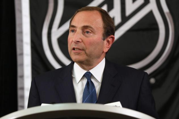 NHL Lockout 2012: Gary Bettman's Stance on Winter Classic Is Concerning
