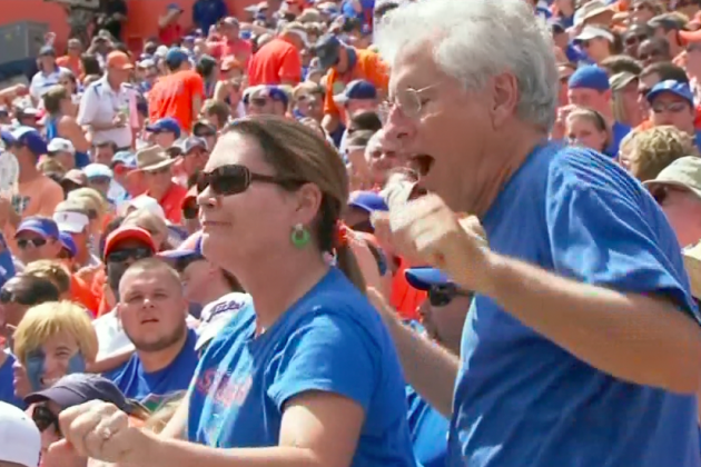Florida Gators Fans Show Off Embarrassing Dance Moves