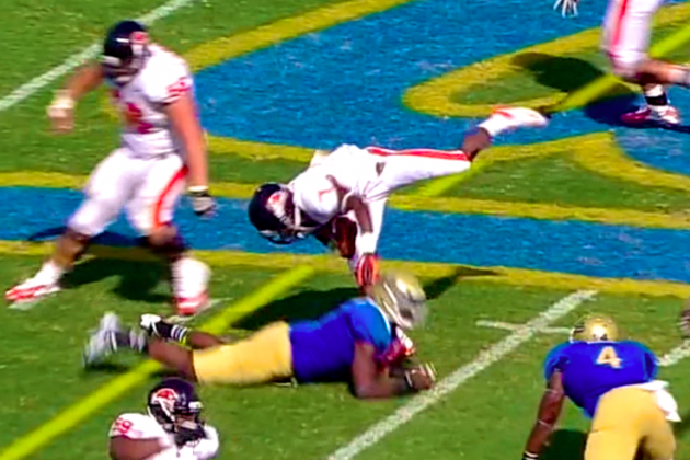 Oregon State vs. UCLA: Brandin Cooks Hits UCLA Bruins Player with Spin Move