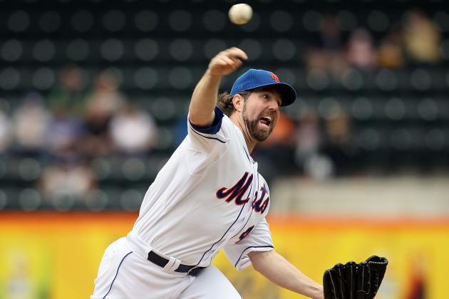 New York Mets: Can Pitcher R.A. Dickey Knuckle His Way to Win Number 20?