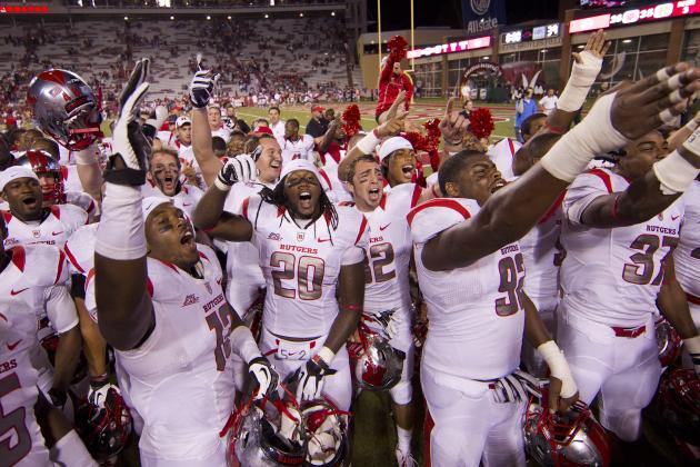 Rutgers Football: Gary Nova, Scarlet Knights Prevail 35-26 over Arkansas