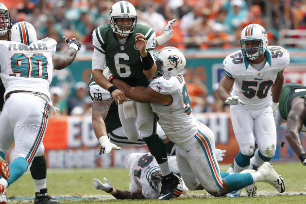 Jets Defeat Dolphins Despite Injury to Revis and Sloppy Play from Sanchez