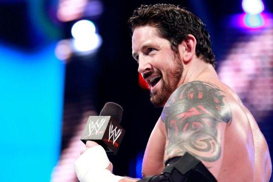 Wade Barrett's New Finisher and Why Simple Finishers Work in WWE