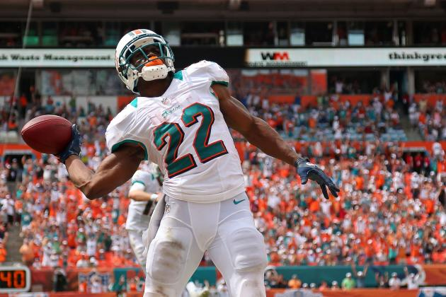 Who Wears the Crown: Who Is the Best Player for the Miami Dolphins Right Now?