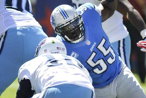 Lions' Stephen Tulloch Says Ex-Titans Teammate Took Cheap Shot