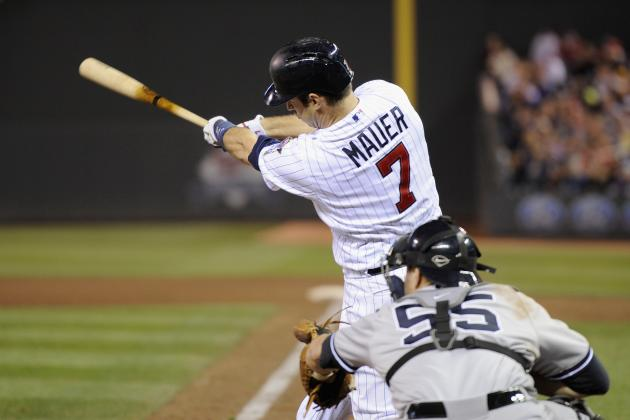 Joe Mauer Closes Batting Title Gap with MLB-Leading 22nd Three-Hit Game