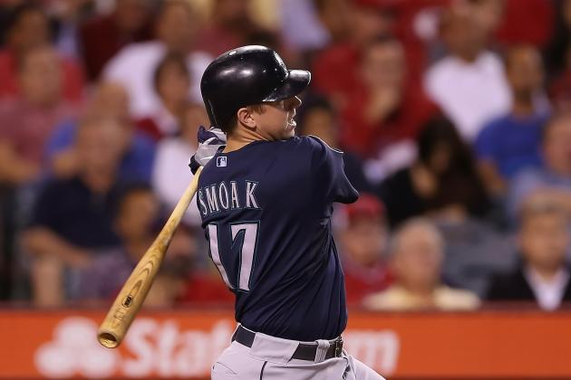 Seattle Mariners: Justin Smoak Is on Fire with His Home Run Swing