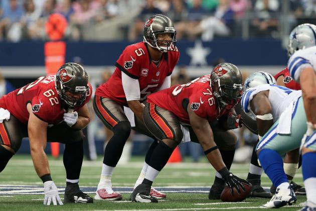 Buccaneers QB Josh Freeman Needs to Be Unleashed, and More NFC South News