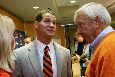 "Pat Dye wouldn't trade Gene Chizik ""for 10 Sabans"""