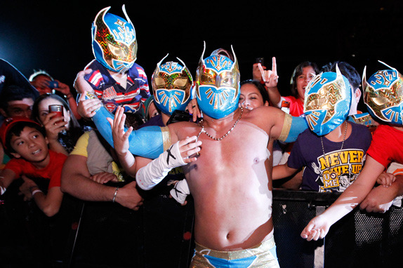 Sin Cara: Will His Team with Rey Mysterio Help Him Master the WWE Style?