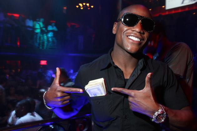 Floyd Mayweather 'Makes It Rain' $50,000 on Atlanta Strip Club
