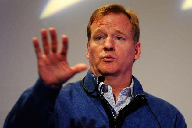 Roger Goodell Sends Letter to Fans Apologizing for Replacement Referees