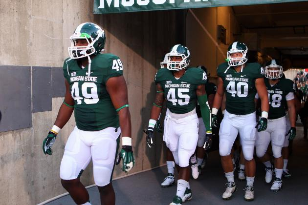 MSU President, Coaches Disappointed and Hurt by Booing at Spartan Stadium