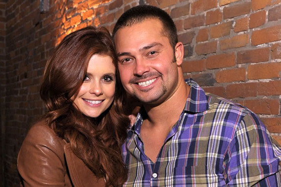 Nick Swisher's Wife: Pics of Actress Joanna Garcia and the Happy Couple