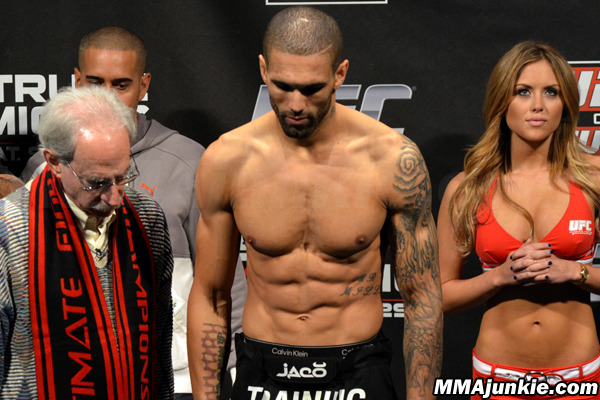 UFC on Fuel 5: What We Learned from Che Mills vs. Duane Ludwig