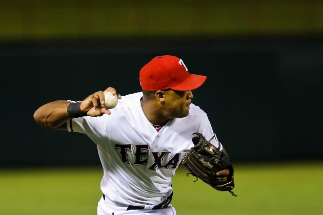 Beltre Aggravates Strained Left Shoulder