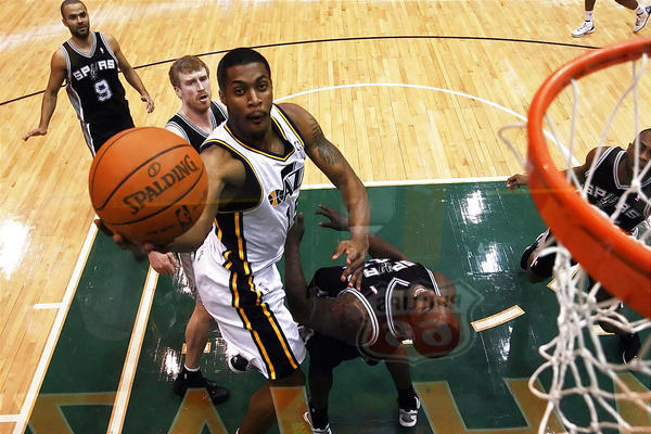 Why Derrick Favors Must Start over Paul Millsap to Blossom into Stardom