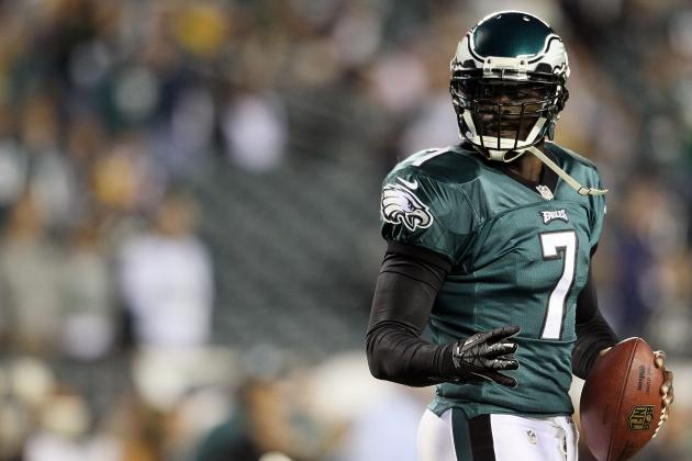 What Michael Vick's Tweaked Knee Means for Sunday's Game vs. the Steelers