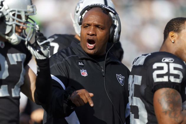 What If Hue Jackson Was Still the Head Coach in Oakland?