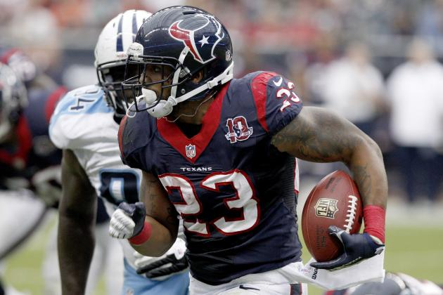 Houston Texans: Arian Foster Playing Like the Best Running Back in the League