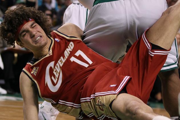 Report: Cavs Keep Varejao on Trade Block. Shocking, I Know.
