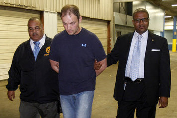 Alabama fan agrees to 11th-hour plea in LSU assault case