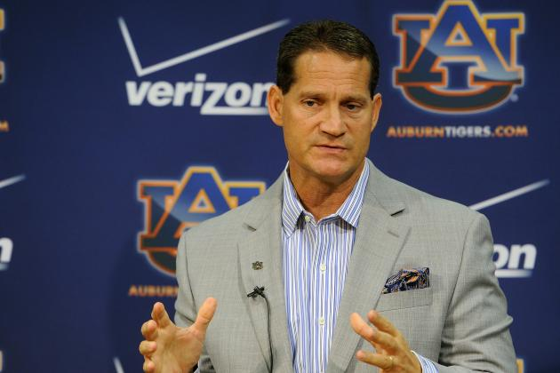 Chizik Sounds off on WRs, All Tigers Positions