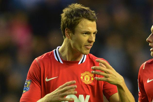 Man United Boss Sir Alex Ferguson Sweats on Jonny Evans Injury