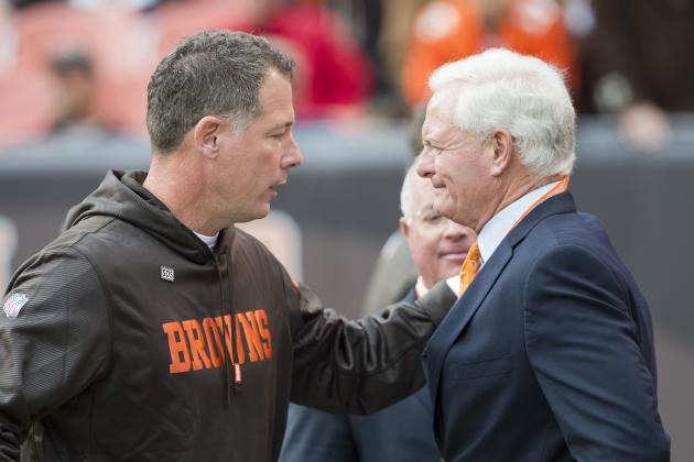Cleveland Browns: Jimmy Haslam's First Move Should Be to Fire Pat Shurmur