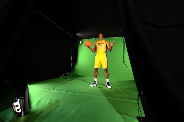 Dwight Howard Won't Achieve Immediate Success in Lakers' Offense