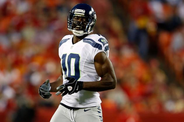 Debate: Should NYJ Sign T.O., Plaxico, or Chad Johnson with Holmes Out?