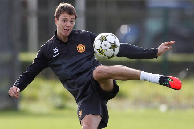 Manchester United Injury Report: Jonny Evans Struggling to Overcome Injury