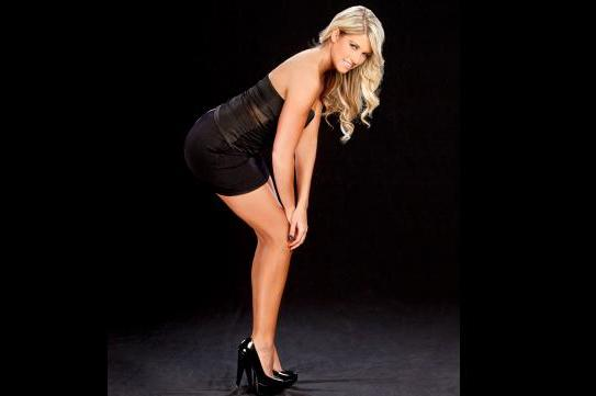 WWE News: Did Risque Pictures Lead to Kelly Kelly's WWE Demise?
