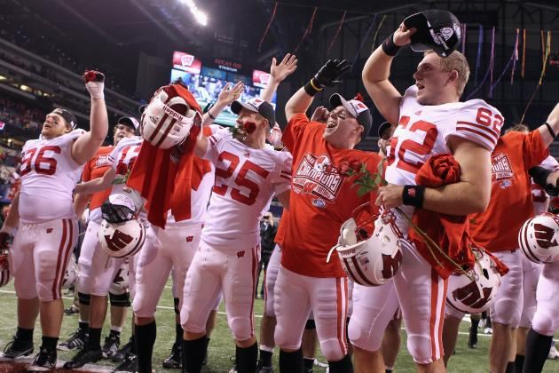 Wisconsin Football: The Blueprint for Winning Big Ten, Earning BCS Bowl Bid