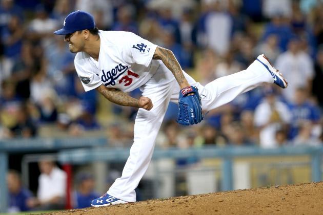 Should the Dodgers keep Brandon League?