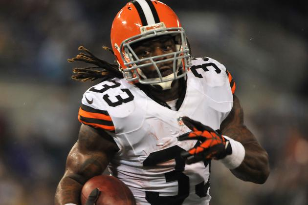 Browns' Trent Richardson Sees Room to Run Around Edge of Giants Defense