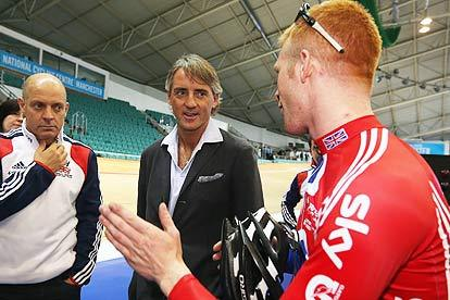 Roberto Mancini Says Manchester City Can Learn from Elite Cyclists