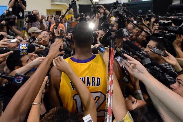 Why Dwight Howard's Early Practice with L.A. Lakers Will Make Team Chemistry Gel